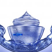 Nočna hydratacna maska ANEW CLINICAL